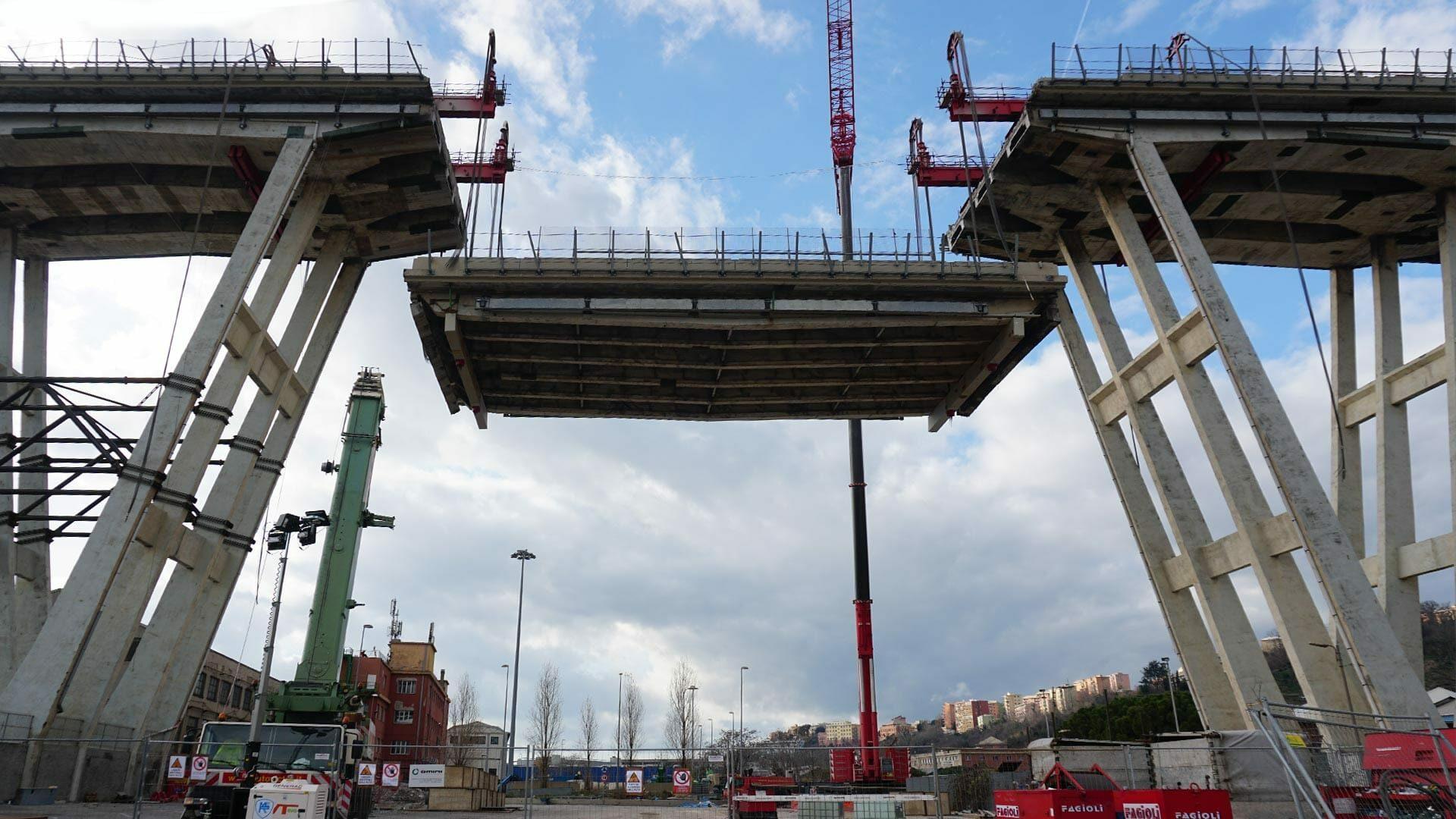 demolizione ponte morandi fratelli omini